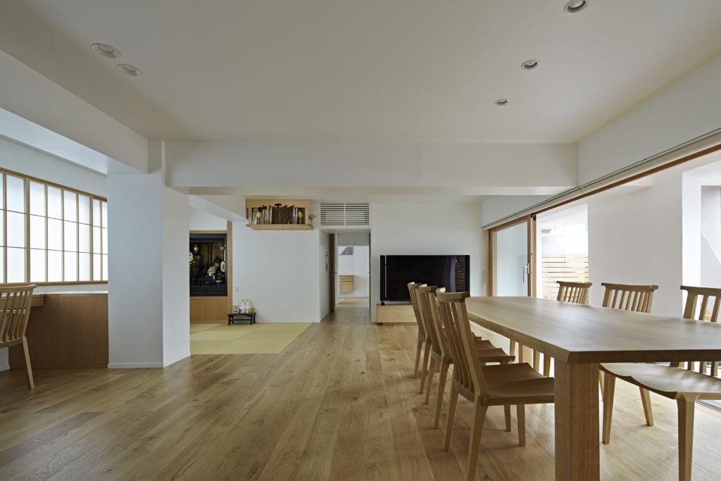 浅草の家 リビング・ダイニング・畳スペース